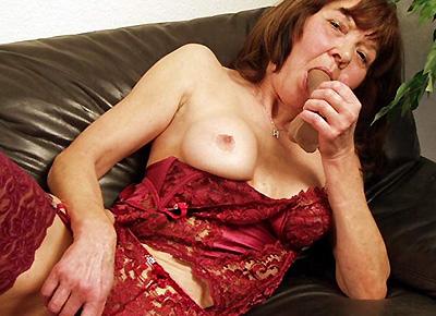 Aashlyn Gere spricht beim Sex mit ihrem Mann am Telefon
